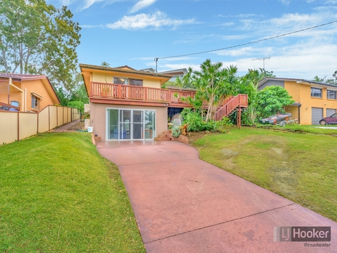 9 Enid Avenue Southport, QLD 4215