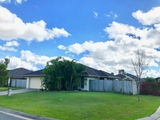 5 Cooloola Court Little Mountain, QLD 4551