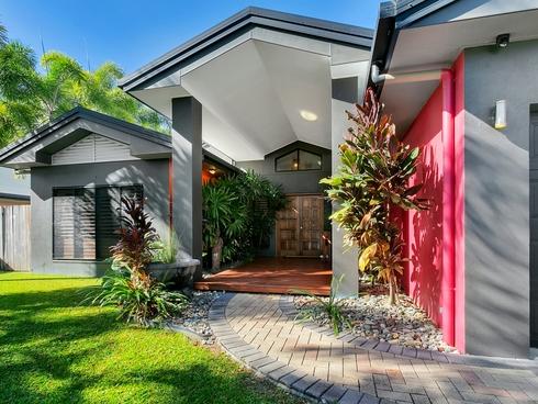 17 Bramble Street Clifton Beach, QLD 4879