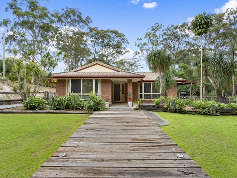 6 Chesterton Road Guanaba, QLD 4210