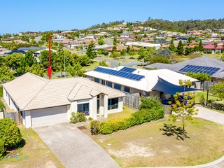 13 Witheren Circuit Pacific Pines , QLD, 4211