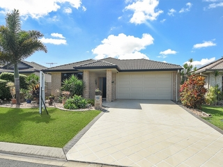 7 Picabeen Court North Lakes , QLD, 4509