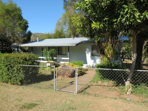 28 Down Street Esk, QLD 4312
