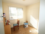 15 Yellowood Crt Kensington Grove, QLD 4341
