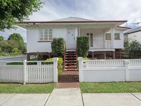 15 Holmes Street Moorooka, QLD 4105