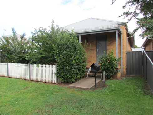 1/21 Pitt Street Singleton, NSW 2330