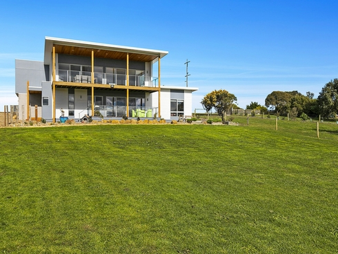 171-173 Shetland Heights Road San Remo, VIC 3925