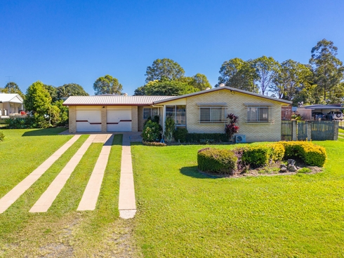 3 Katrina Court Southside, QLD 4570