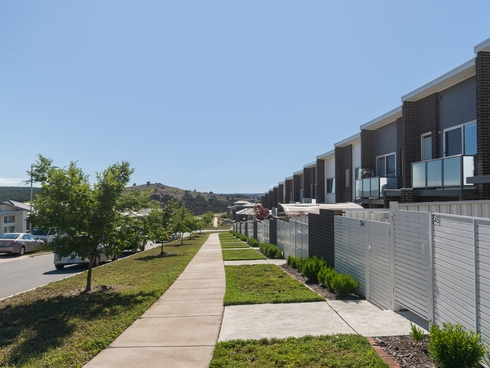 45/8 Ken Tribe Street Coombs, ACT 2611