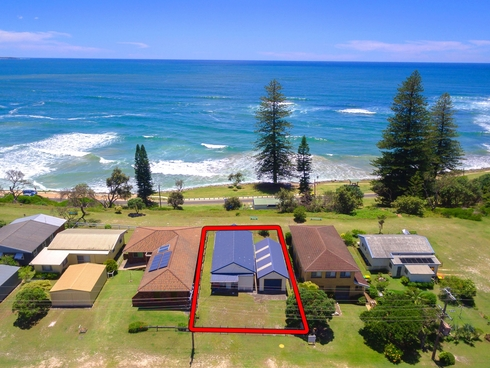 57 Ocean Road Brooms Head, NSW 2463