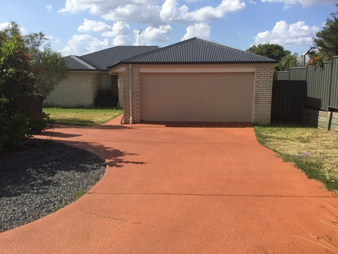 8b Lookout Place Warwick, QLD 4370