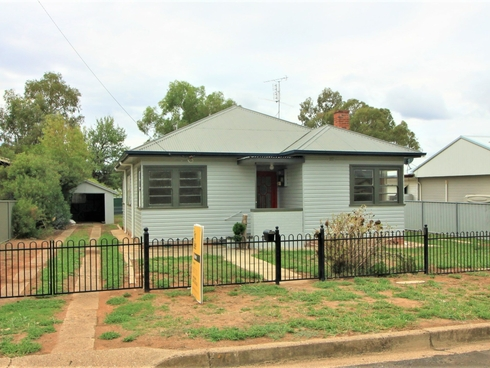 26 Bruce Street Tamworth, NSW 2340