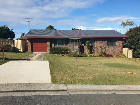 9 Coromont Drive Hallidays Point, NSW 2430