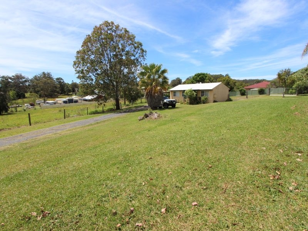 17 Mitchell Close Coopernook, NSW 2426