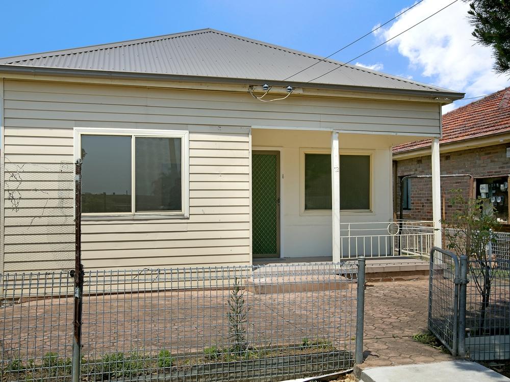 72 Woodstock Street Guildford, NSW 2161