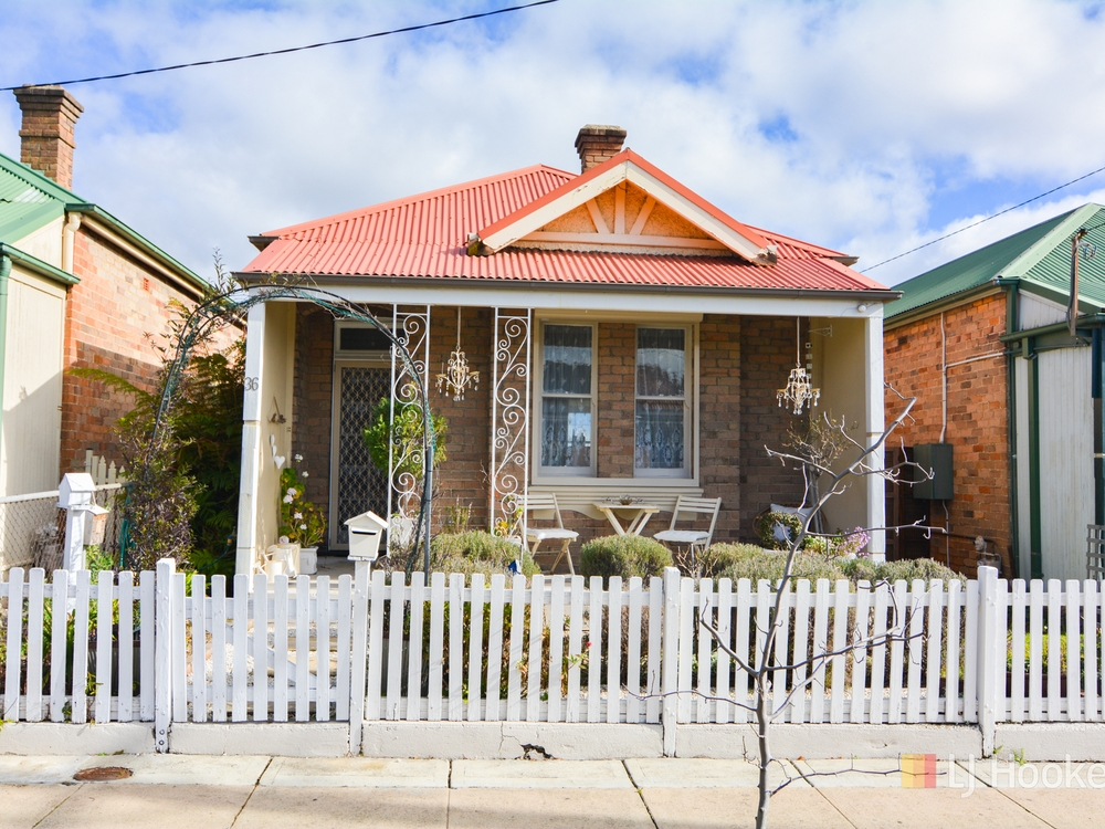 36 Laurence Street Lithgow, NSW 2790