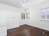 90 Central Street Labrador, QLD 4215