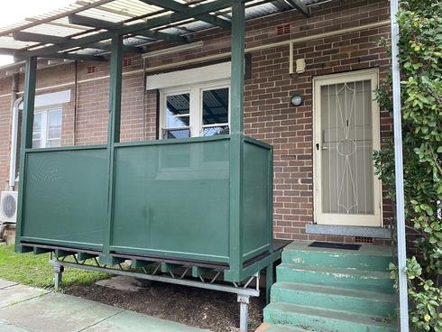 1/57 Hawkesbury Road Westmead, NSW 2145