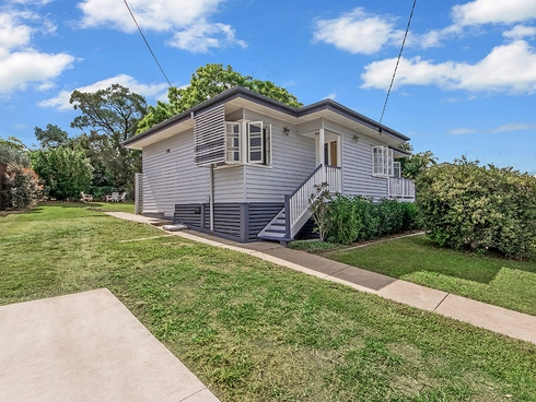 2 Reginald Street North Ipswich, QLD 4305