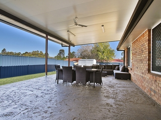 11 Cocos Place Raceview , QLD, 4305