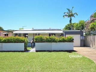 32 Andrew Street Kallangur , QLD, 4503