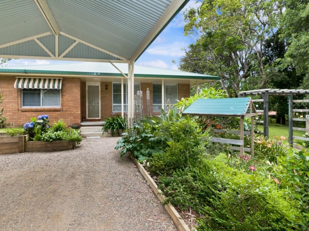 19 Lord Street Laurieton, NSW 2443