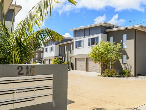 Unit 8/216 Oaka Street South Gladstone, QLD 4680