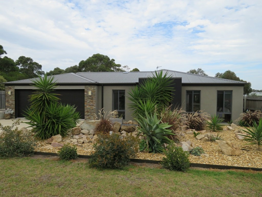11 Lindemann Retreat Paynesville, VIC 3880