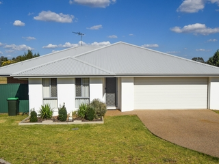 14 Molloy Place Young , NSW, 2594