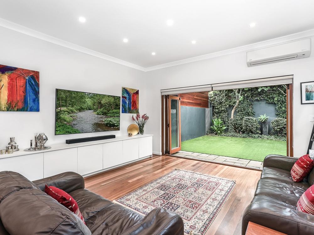 30 Glenayr Avenue North Bondi, NSW 2026