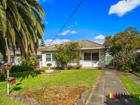 4 Edna Ave Toongabbie, NSW 2146