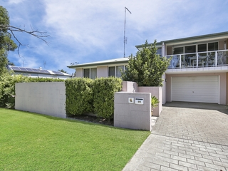 99 Marmong Street Marmong Point , NSW, 2284