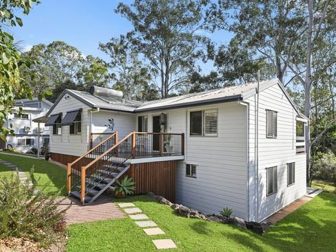9 Warringah Grove Petrie, QLD 4502