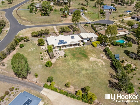 2 Appleby Close Kensington Grove, QLD 4341