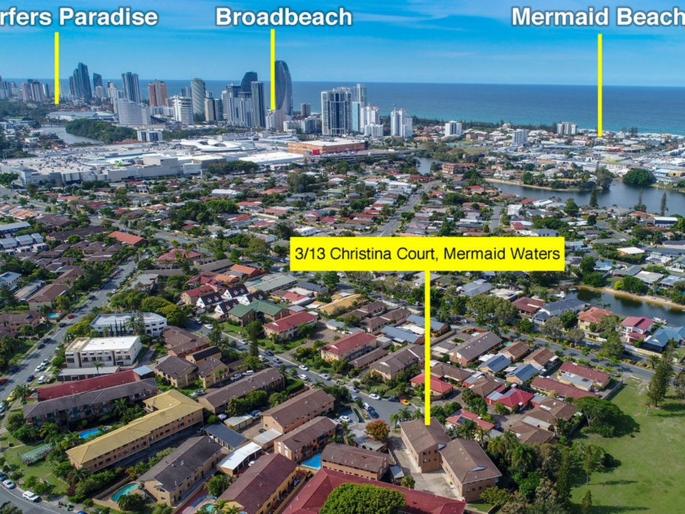 3/13 Christina Court Mermaid Waters, QLD 4218