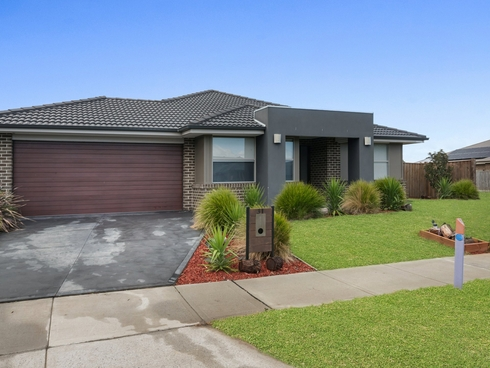 31 Belleview Crescent Beveridge, VIC 3753