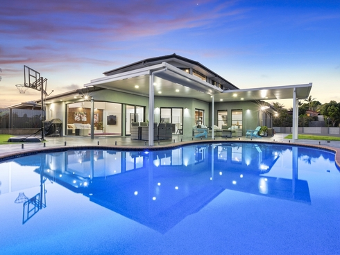 54 Hastings Crescent Carrara, QLD 4211