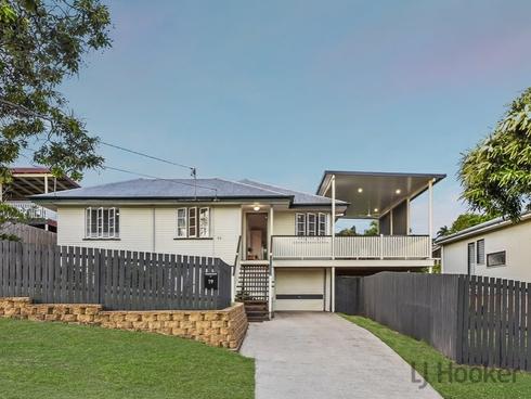 19 Allowrie Street Stafford, QLD 4053