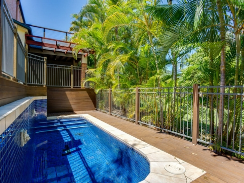 17 Pine Valley Drive Robina, QLD 4226