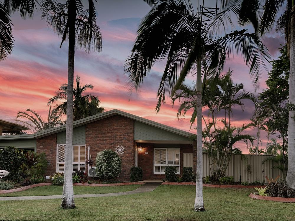 2 Bodero Street Norman Gardens, QLD 4701