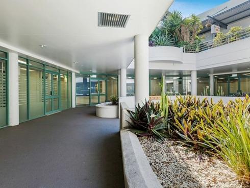 1-5 Queens Road Everton Hills, QLD 4053