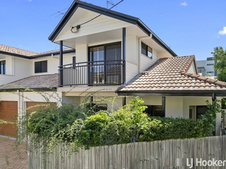 1/219 Shore Street West Cleveland, QLD 4163