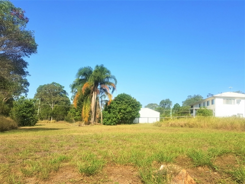 27 Bayswater Rd Russell Island, QLD 4184