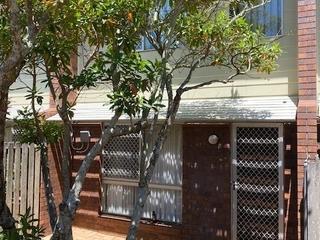 10/6 O'Brien Street Harlaxton , QLD, 4350