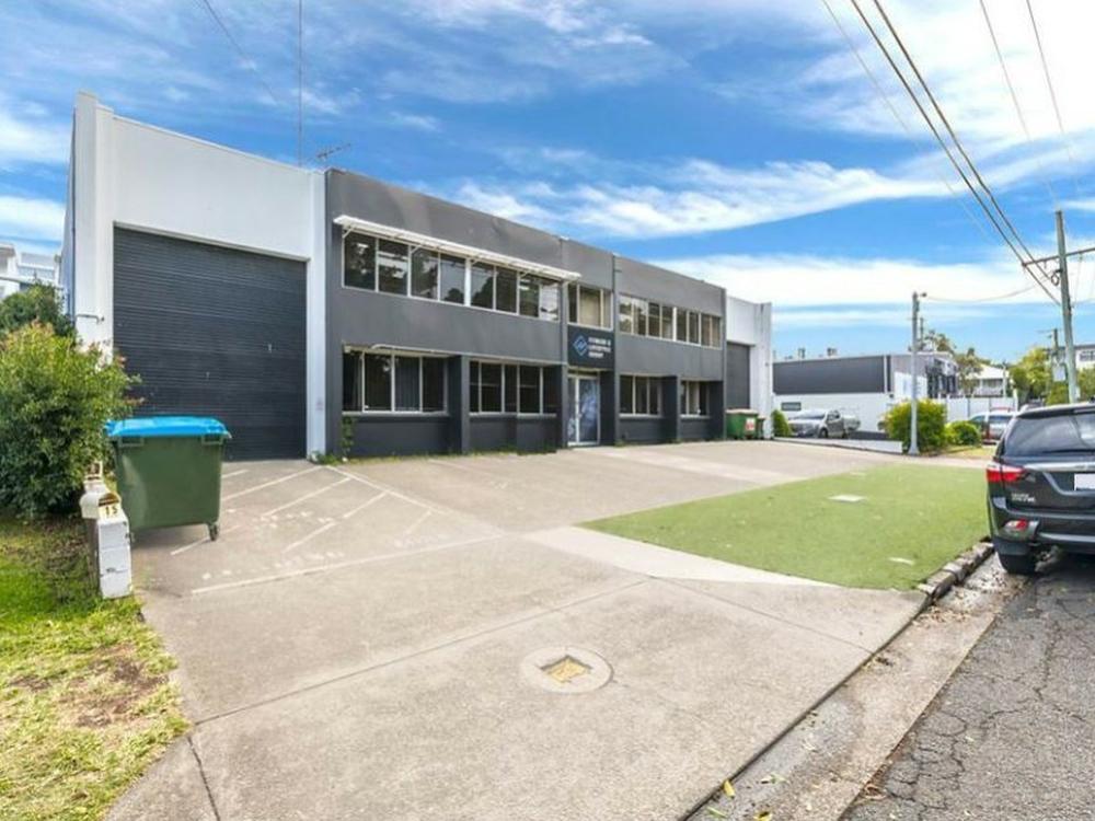 9 Godwin Street Bulimba, QLD 4171