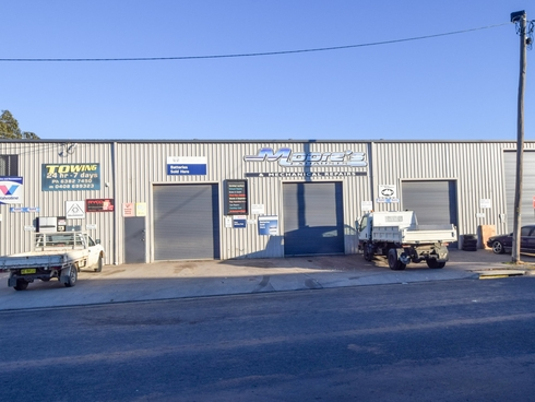301 Boorowa Street Young, NSW 2594