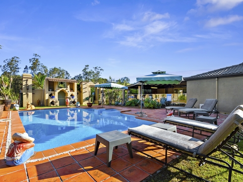 9 Eastern Court Helensvale, QLD 4212
