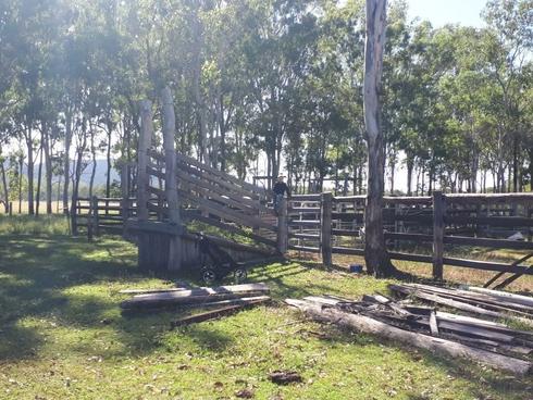 425 Randles Road Bororen, QLD 4678