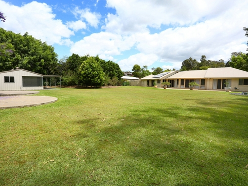 42 Pasture Place Mount Nathan, QLD 4211