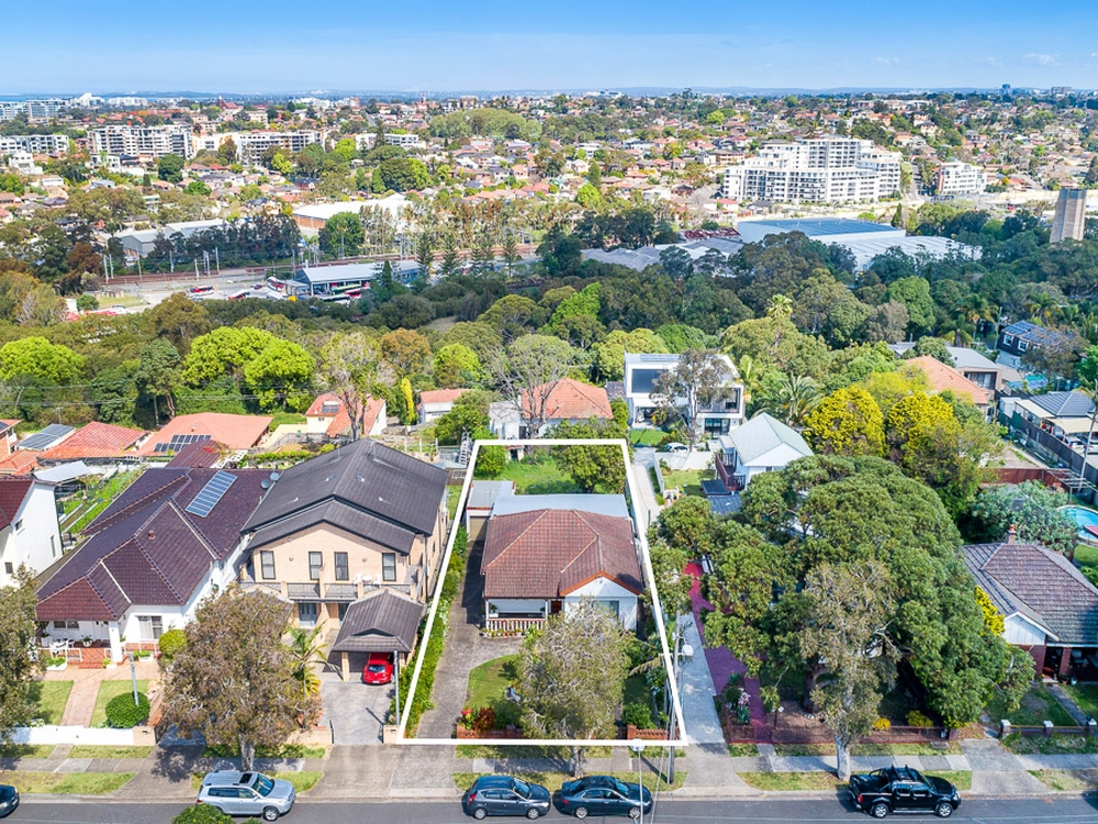 68 Bayview Avenue Earlwood, NSW 2206